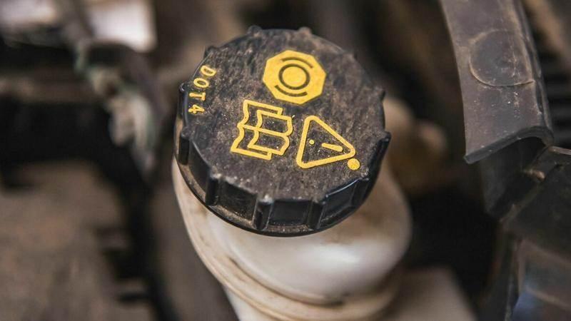 Спирачната течност в автомобила - какво трябва да знаете
